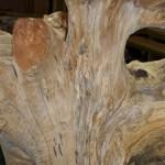 銘木倉庫にある普段見ることのできない銘木です。