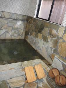 家族風呂 浴槽 大きさ1.6m×1.6m
