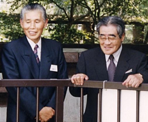 岡田名誉会長様