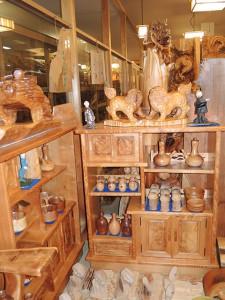 森林セラピー基地市房山・市房杉(樹齢1,000年)飾り棚