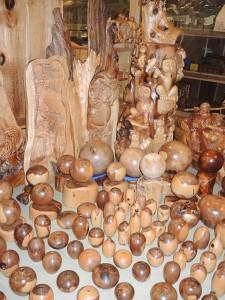 森林セラピー基地市房山・市房杉(樹齢1,000年) 壺