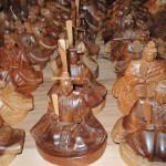 フォレスト神城文化の森市房杉記念館  市房杉千年杉で作られた工芸品 ひな人形、市松人形と人形 など
