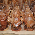 フォレスト神城文化の森市房杉記念館  市房杉千年杉で作られた工芸品 人形