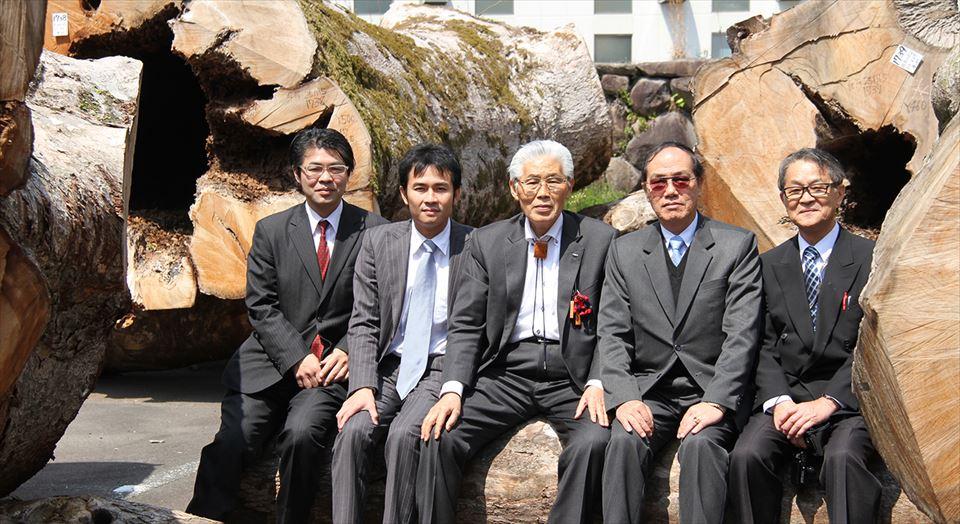 ケントン・ヌアンタシン駐日特命全権大使 神城文化の森 表敬訪問
