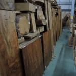フォレスト神城文化の森ショールーム屋久杉記念館          天然乾燥材(15年以上)原木、盤木及び建築材その2